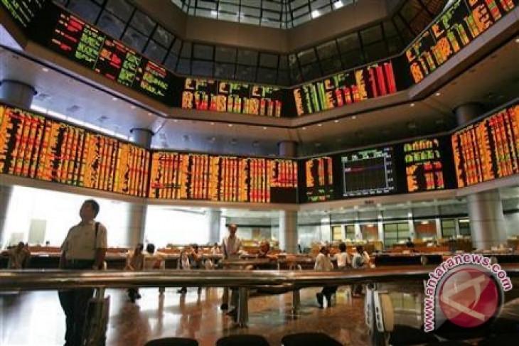 Pasar saham Malaysia ditutup sedikit  lebih rendah