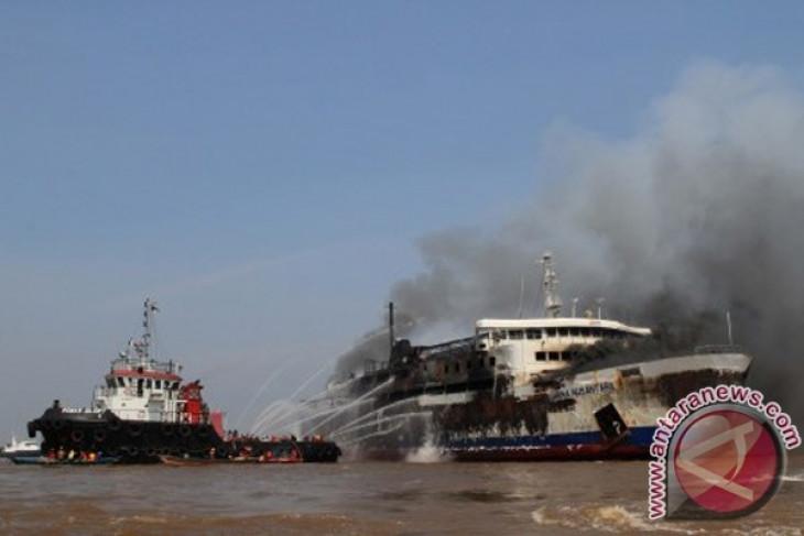 Kapal Marina Nusantara Terbakar
