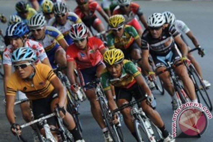 Start Tour d`Indonesia bergeser ke Candi Prambanan