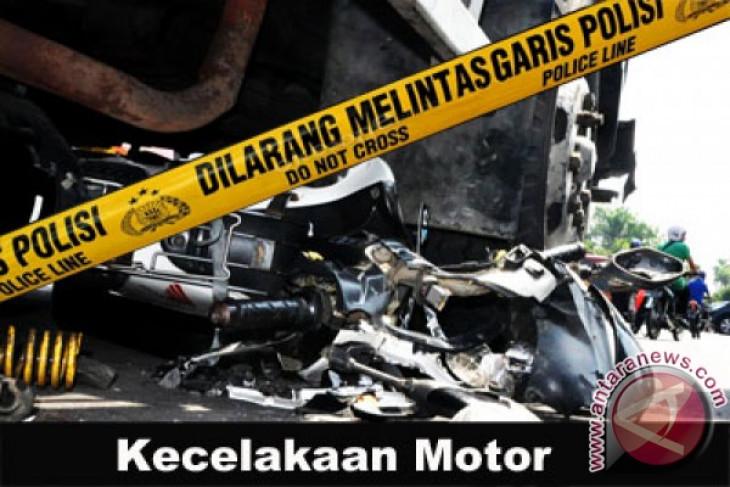 Bus tabrak motor, renggut nyawa ibu dan anak