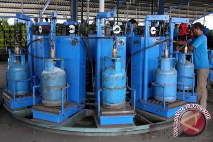 Gas 12 kilogram di Padang capai Rp155 ribu