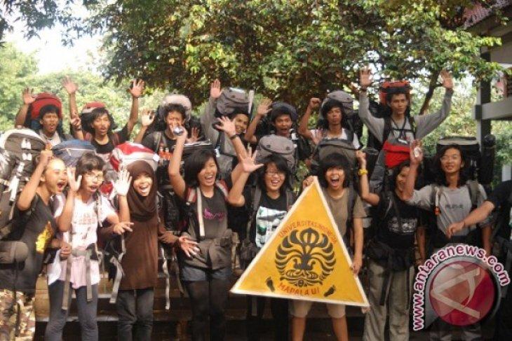 Mapala UI ekspedisi ke Gunung Masurai Jambi