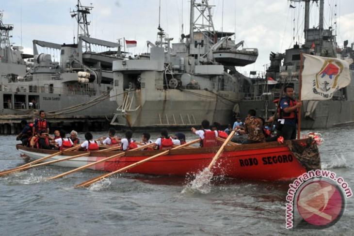 """Tim ITS luncurkan kapal """"rojo segoro"""""""