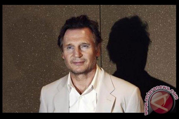 Aktor Liam Neeson pertimbangkan jadi muslim