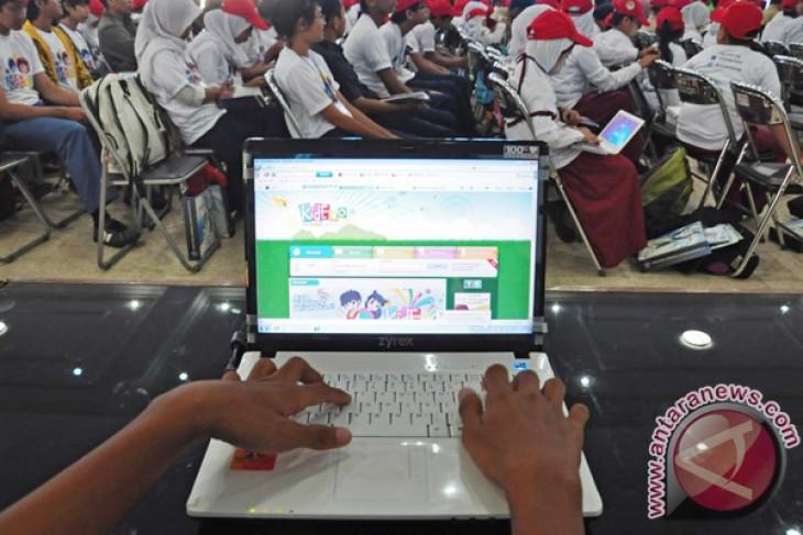 KPAI ajak masyarakat komitmen halau dampak negatif internet