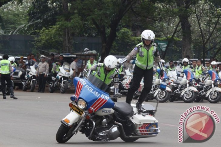 Konsolidasi Kendaraan Polisi