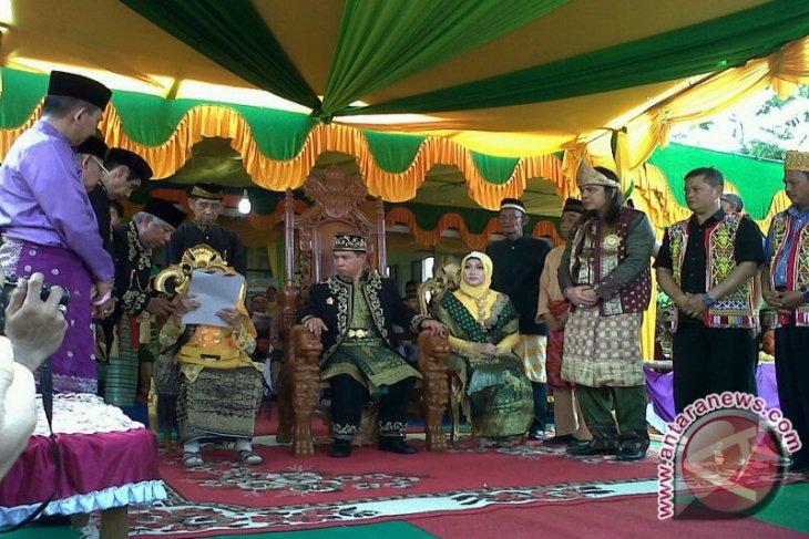 Raja Tayan Mohon Restu Ibunda Lestarikan Budaya