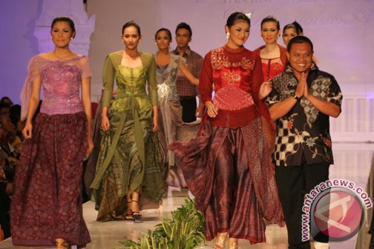 Kebaya Untuk Indonesia