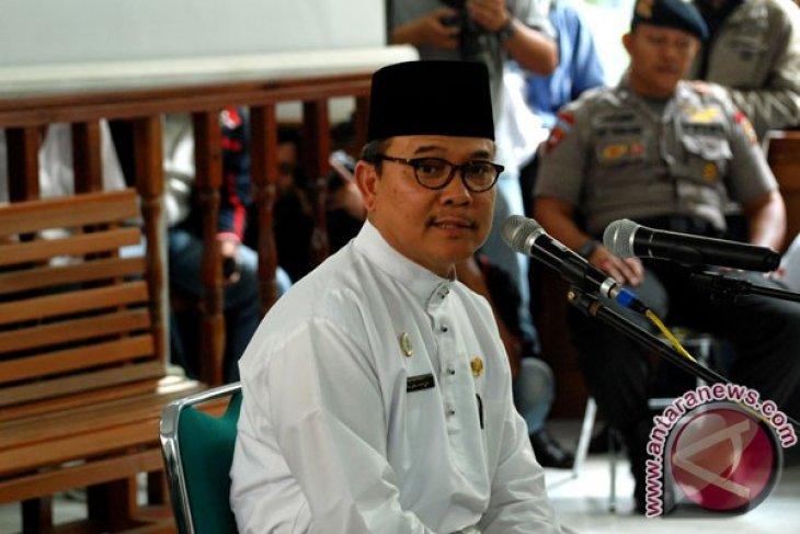 Kesaksian Gubernur Riau