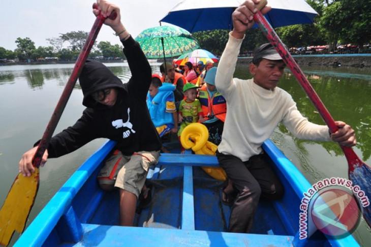 Jakarta eager to become  halal tourism destination