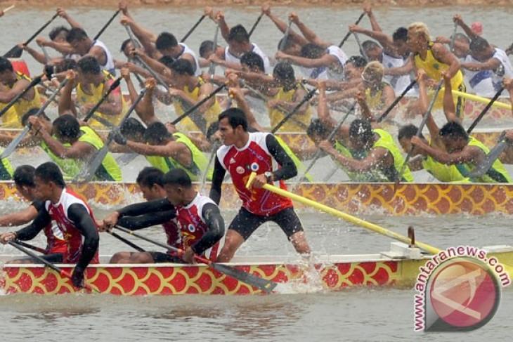 Dayung Kalbar target juara di Brunei