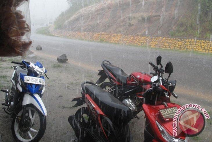 BMKG: Bengkulu mulai masuk musim hujan
