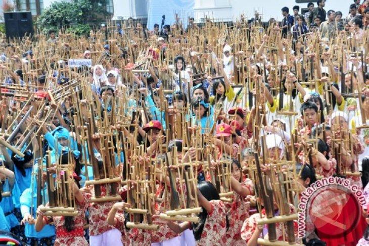 Konser kolosal angklung akan digelar di Beijing