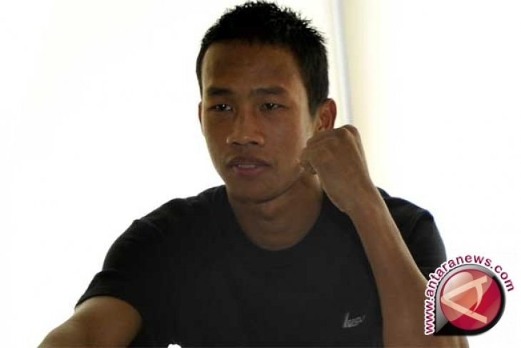Daud Yordan Menang TKO Atas Petinju Thailand
