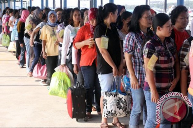 Amount of foreign workers in Indonesia declining