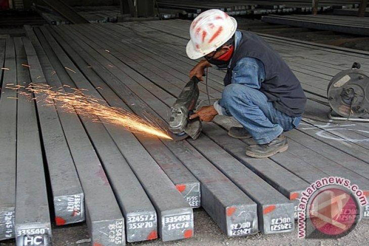 Karyawan Krakatau Steel tuntut perbaikan kinerja perusahaan
