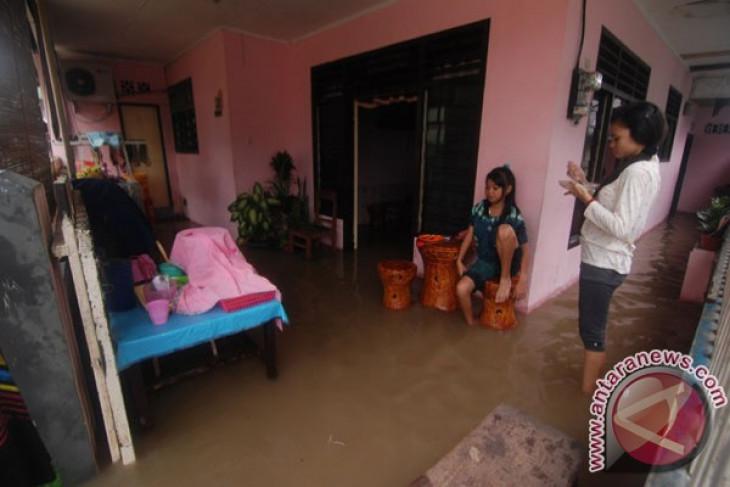 Enam kecamatan di Manado banjir