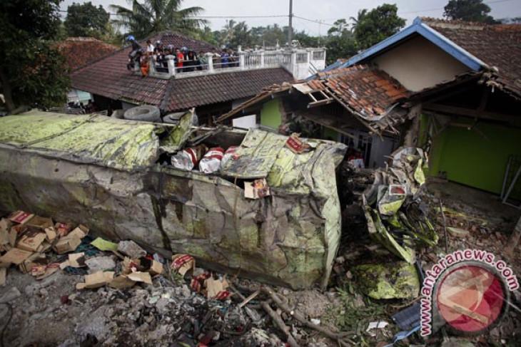 Tabrakan beruntun di Cianjur, 16 tewas
