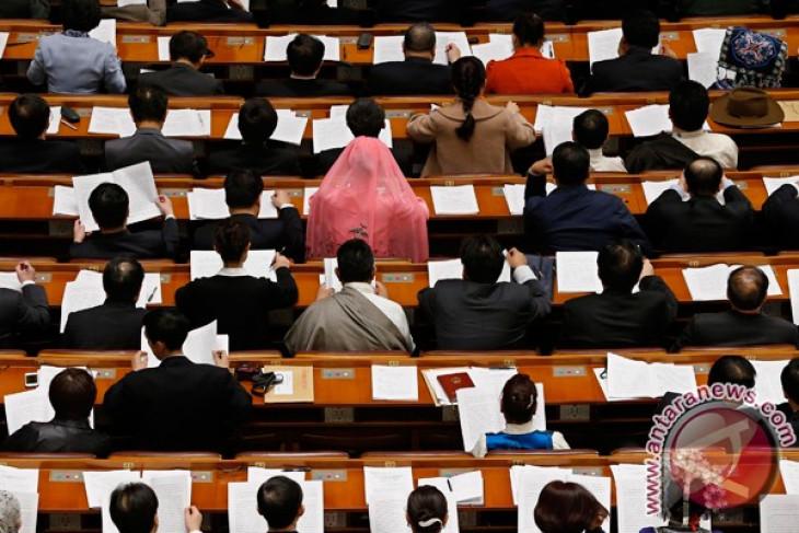 Kabinet China dirombak besar-besaran