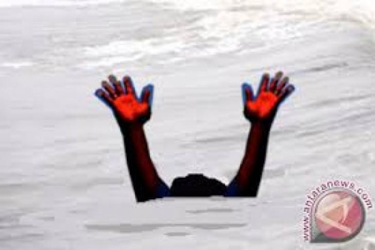 Empat selamat terseret arus Pantai Minahasa
