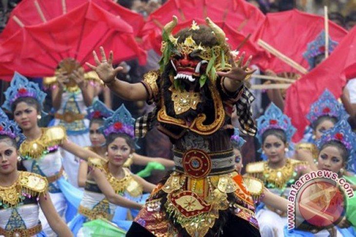 Seni tradisi Madura di hari pertama Pesta Kesenian Bali