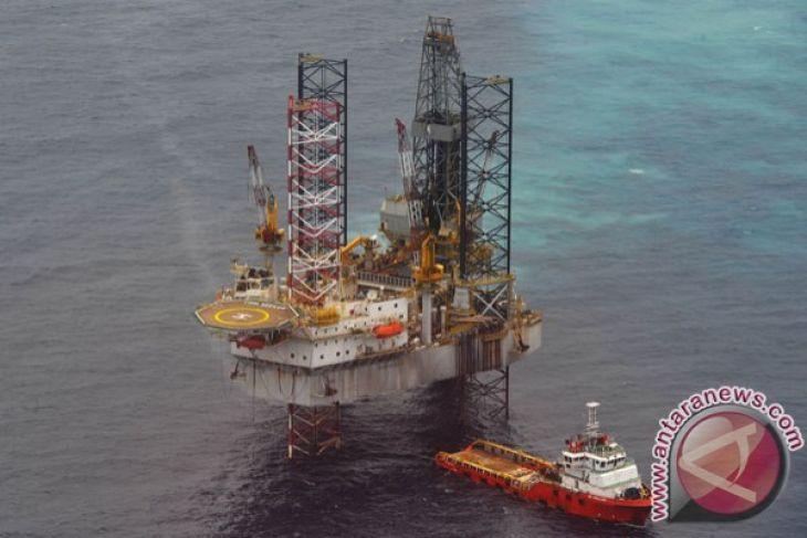 Harga minyak relatif stabil di tengah eskalasi perang dagang