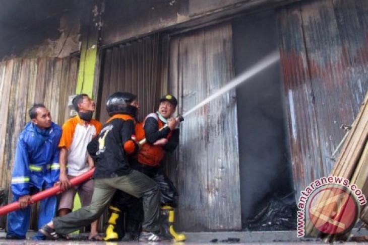 Pasar Baledono Purworejo terbakar