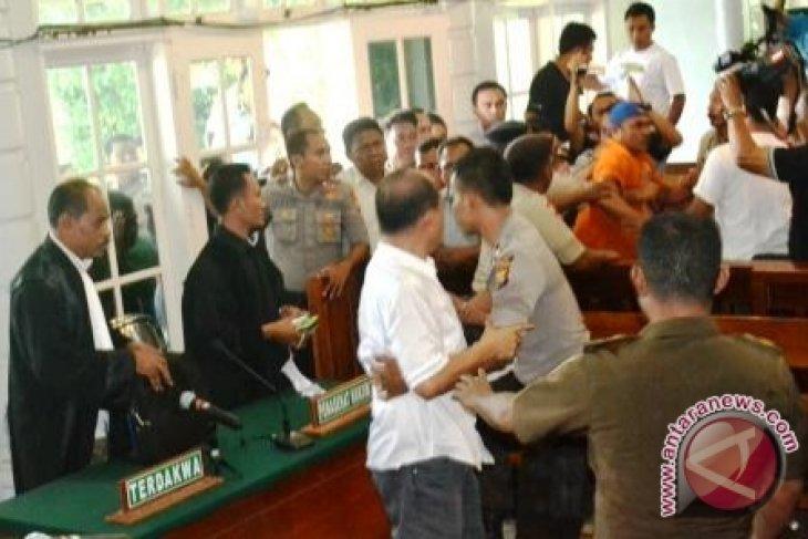 Wabup Halmahera Selatan Divonis Delapan Tahun Penjara