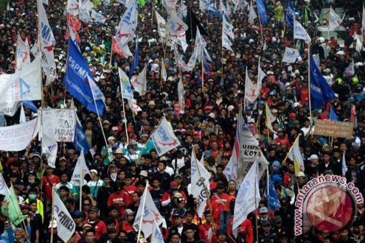 Buruh kembali turun ke jalan 21 Oktober