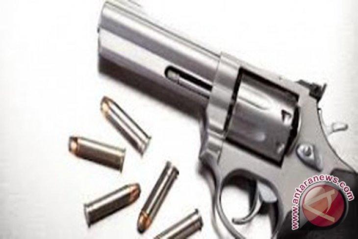 Pengiriman paket berisi pistol diselidiki