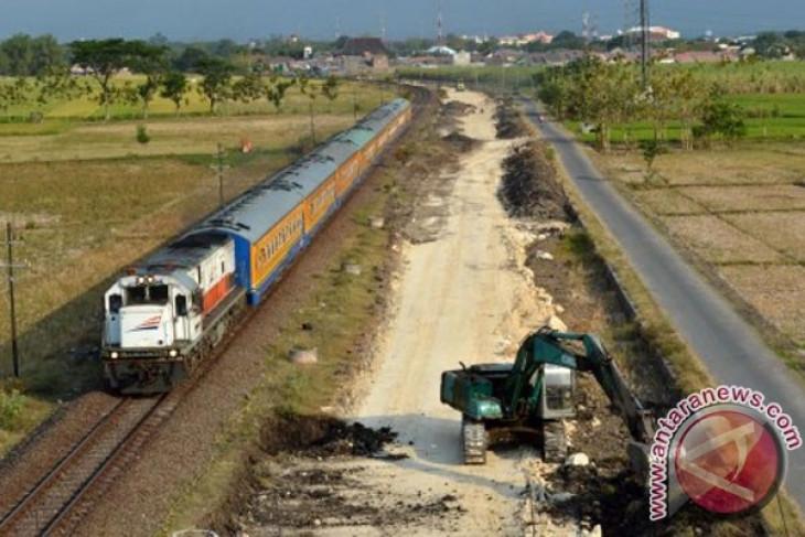 Jalur ganda kereta api selatan beroperasi 2017