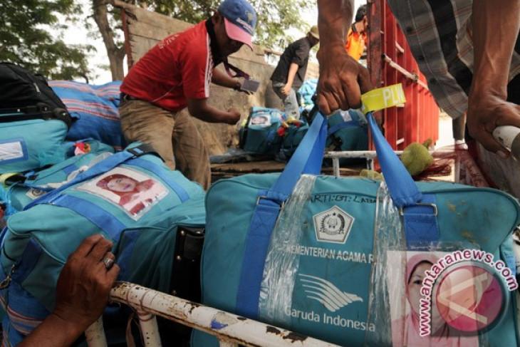 Petugas terminal Hijrah ingatkan soal bagasi pesawat
