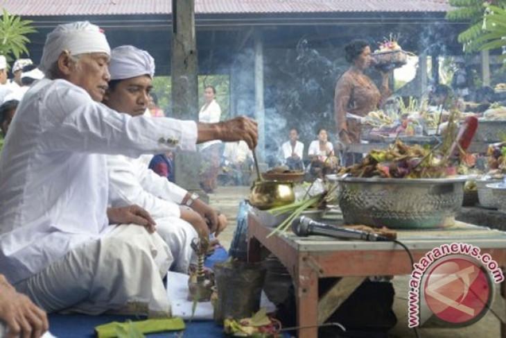 Bupati Maluku Tenggara melacak leluhur Suku Kei di Buleleng