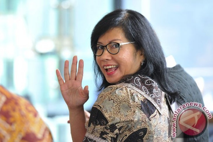 Pertamina CEO resigns to tend to her family