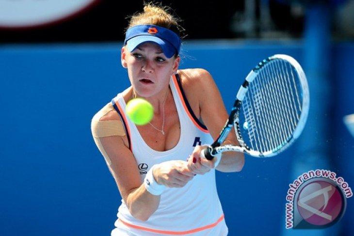 Radwanska disingkirkan petenis kualifikasi di Stuttgart
