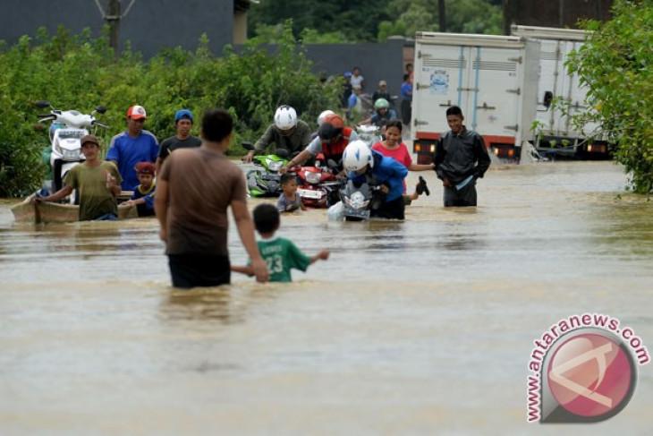 Gowa dilanda banjir hingga setinggi 1,5 meter