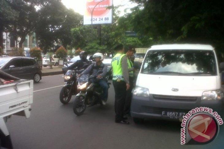 Polresta Bekasi intensifkan razia jelang pelantikan presiden