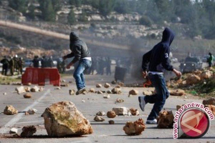 15 Orang Palestina Cedera Ditembak Israel