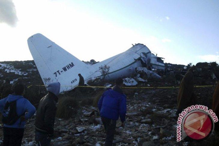 Aljazair berkabung usai kecelakaan pesawat paling mematikan