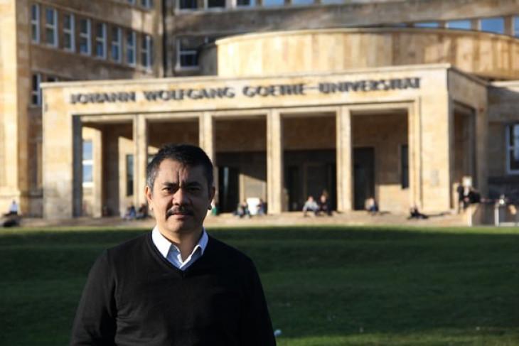 Damos Agusman raih gelar doktor magna cum laude di Jerman