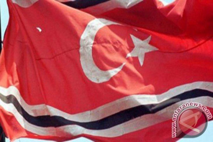 Polisi usut pengibaran bendera bulan bintang di Banda  Aceh