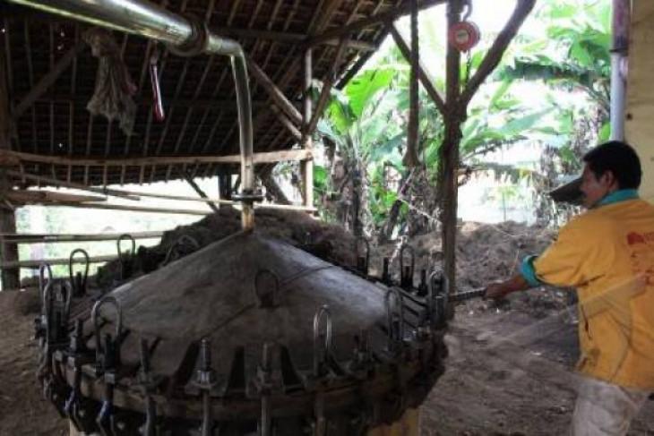 Kemenperin bantu petani minyak atsiri Solok