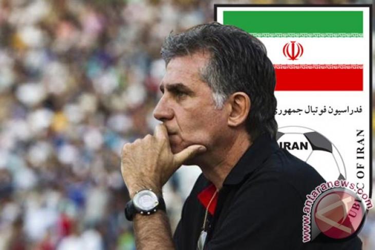 Pelatih Iran desak Nike minta maaf