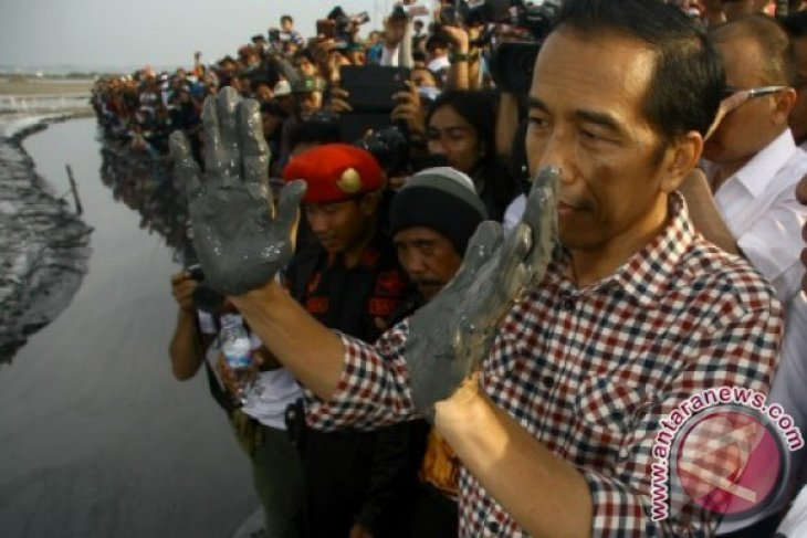 Jokowi attends commemoration of Lapindo mudflow disaster