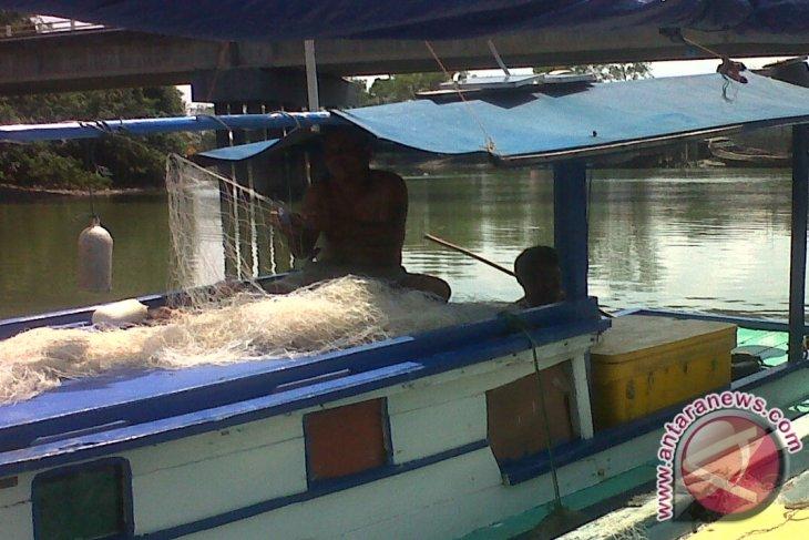 Nelayan Pangkalpinang Harapkan Bantuan Alat Tangkap