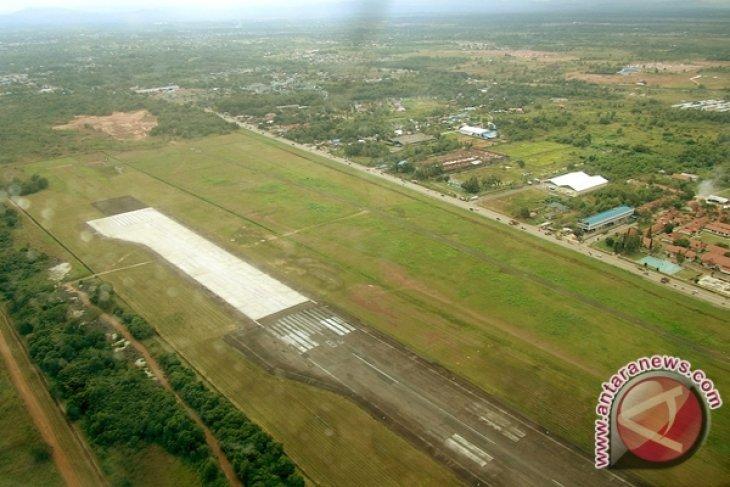 Pengembangan Bandara Syamsudin Noor Mulai Maret 2016