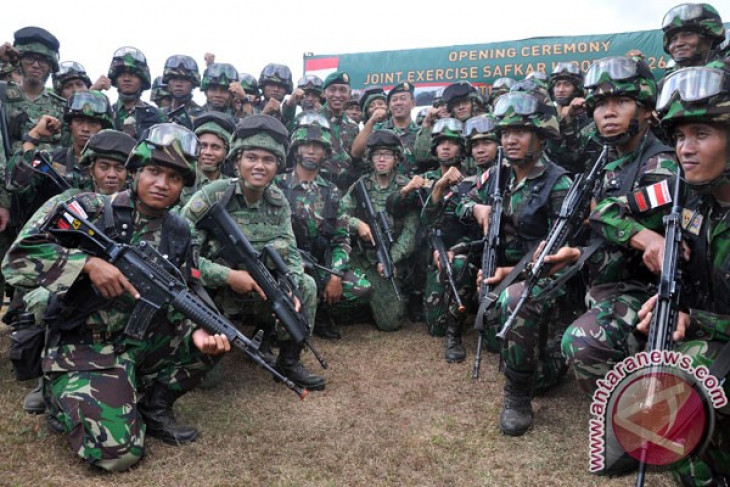 Indonesian, Singapore armies conduct joint exercise