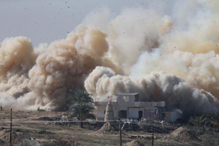 Angkatan Udara Mesir serang militan Sinai
