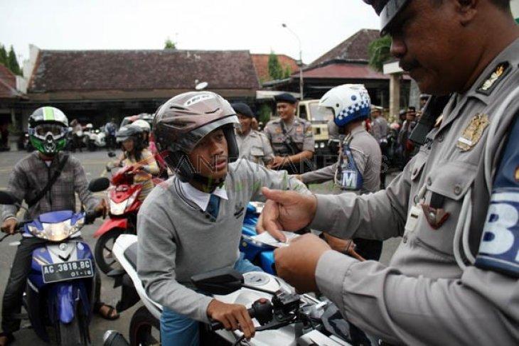 Ribuan Pengendara Motor di Tulungagung Terjaring Razia