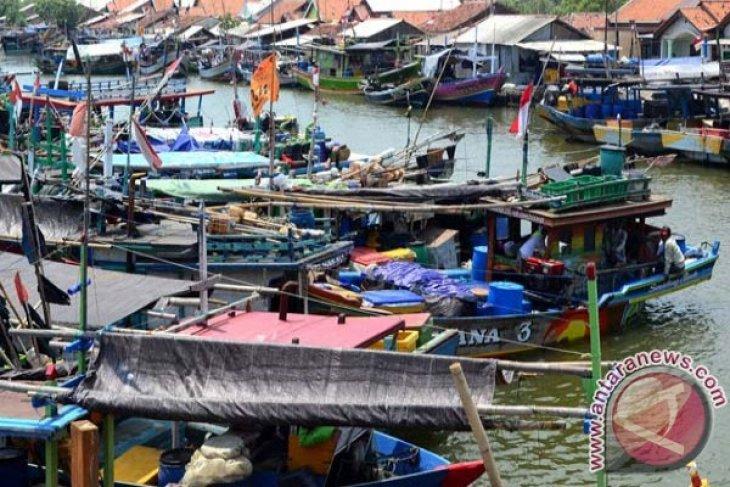 Ribuan Nelayan Sukabumi Menganggur Akibat Paceklik Ikan